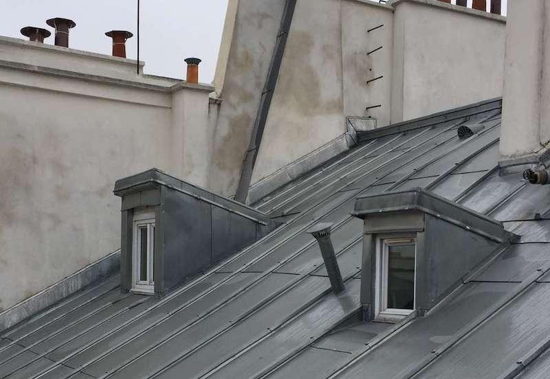 fenetres chien assis sur un immeuble de Nantes