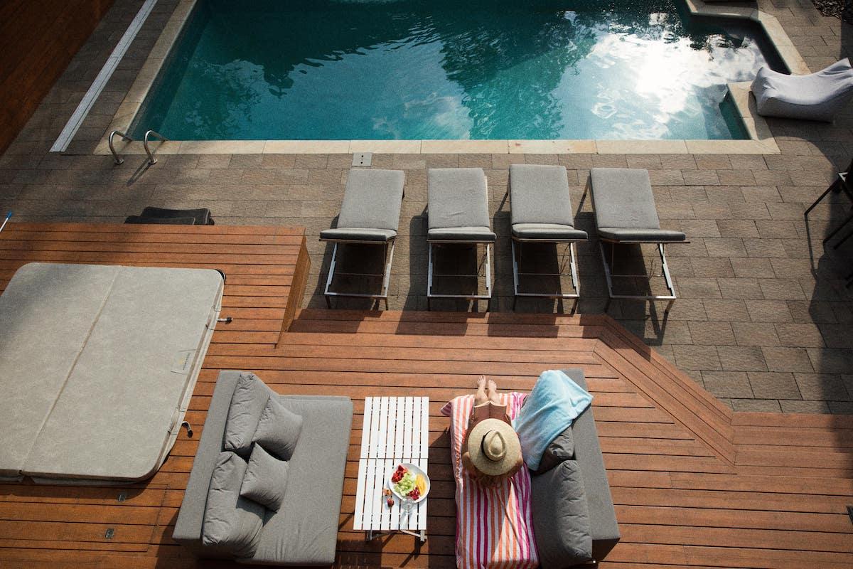 Decaper Une Terrasse ▻ comment nettoyer sa terrasse en bois ? - nant'artisans