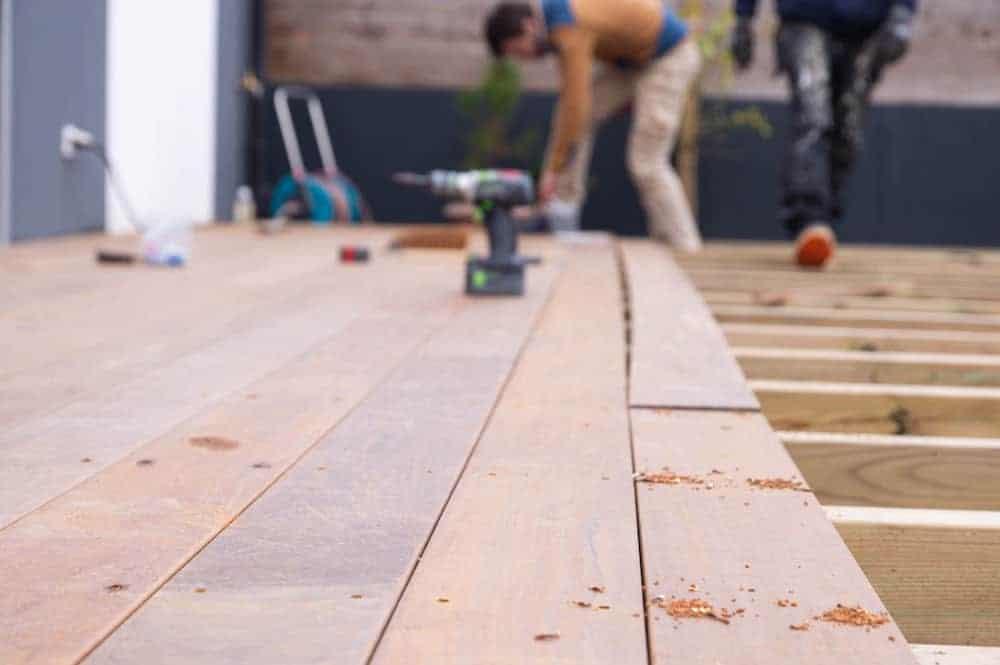 Réalisation d'une terrasse en bois exotique Nant'Artisans